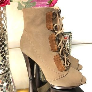 NAKA Beige Leather Ankle Lace up Boots